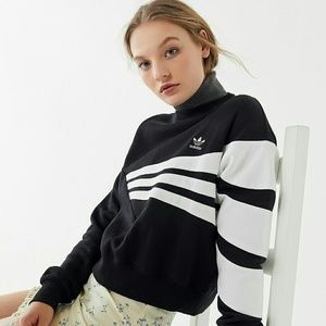 NWT ADIDAS GEOMETRIC 3-STRIPED CROPPED SWEATSHIRT